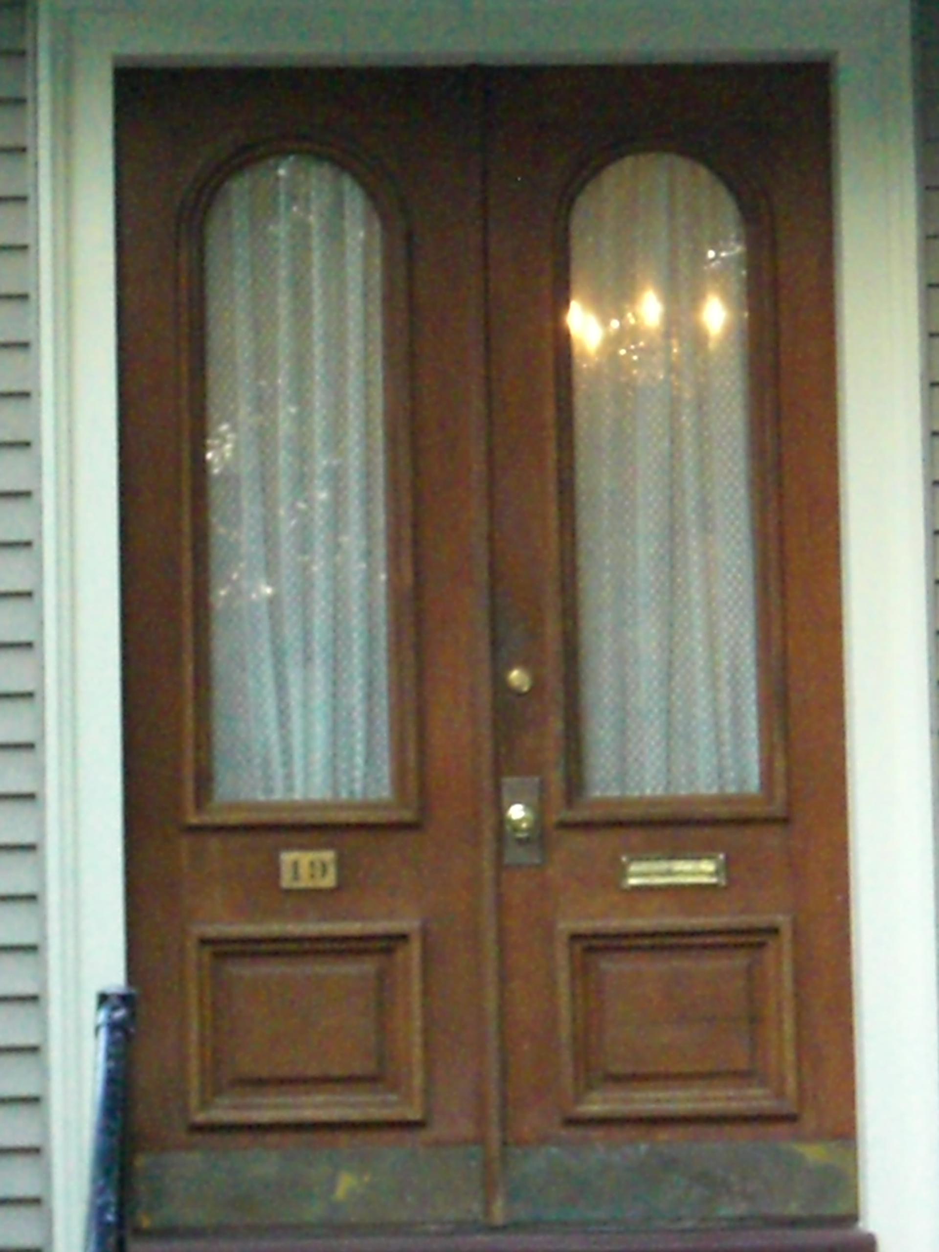 abby door & Doors of Crown Hill | Crown Hill Neighborhood pezcame.com